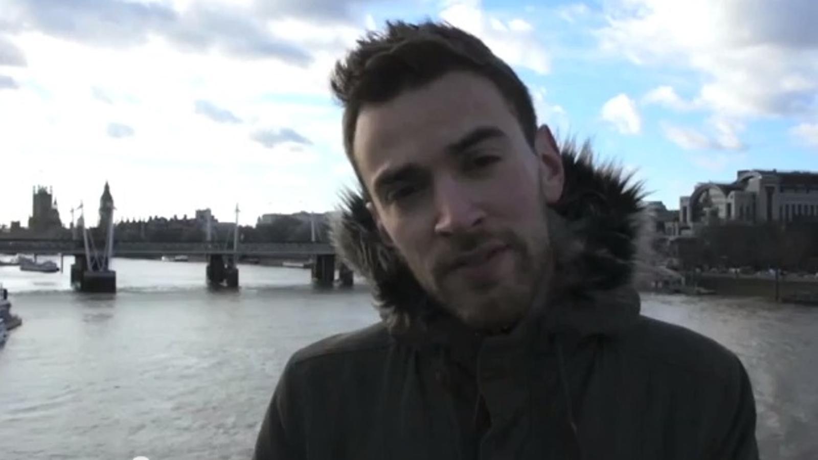 Troba, després de sis anys i gràcies a les xarxes, l'home que va impedir que se suïcidés