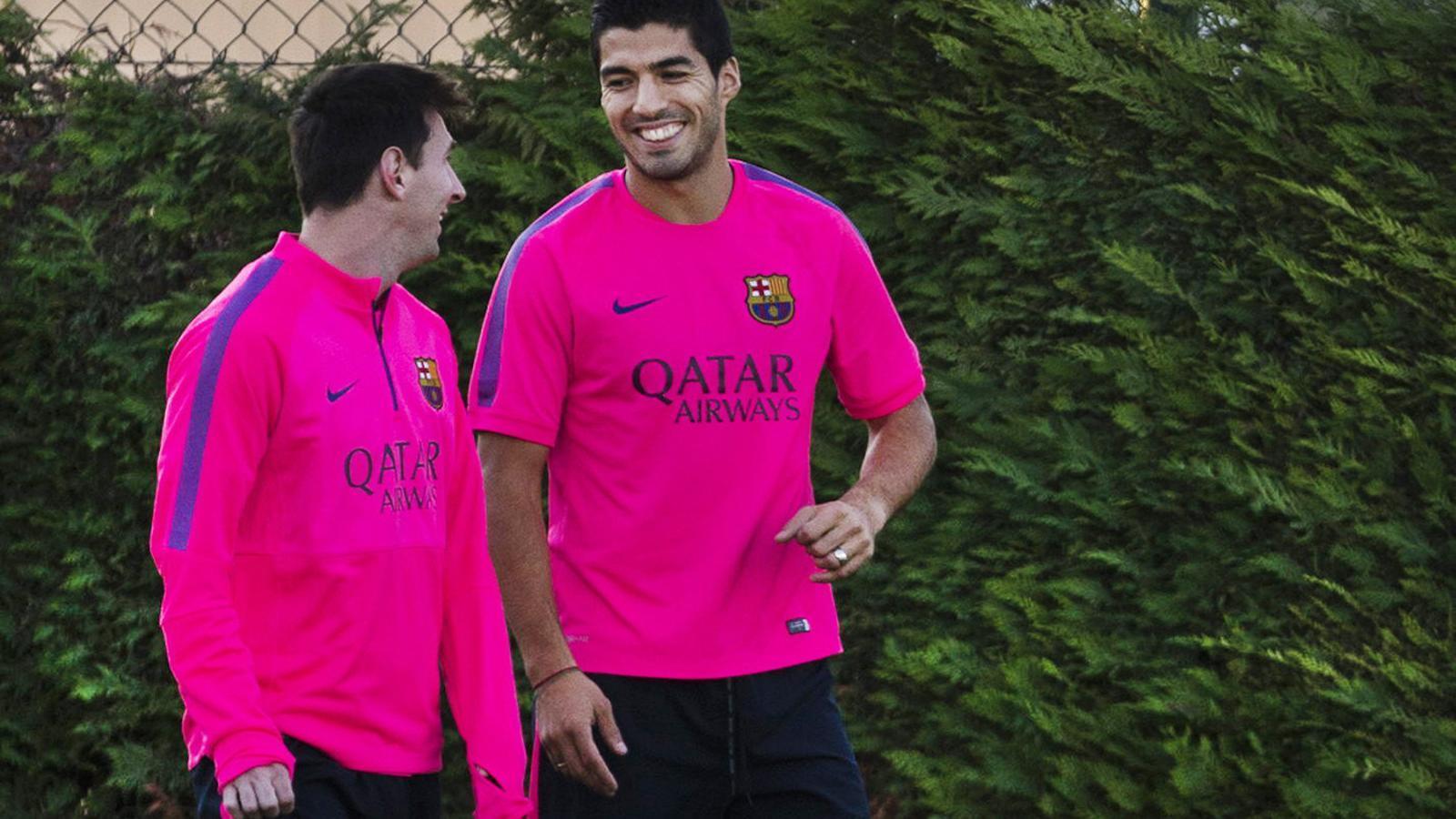 Messi i Luis Suarez, durant la sessió d'entrenament a la ciutat esportiva Joan Gamper abans del partit de demà contra l'Almeria el 7 de novembre de l'any 2014