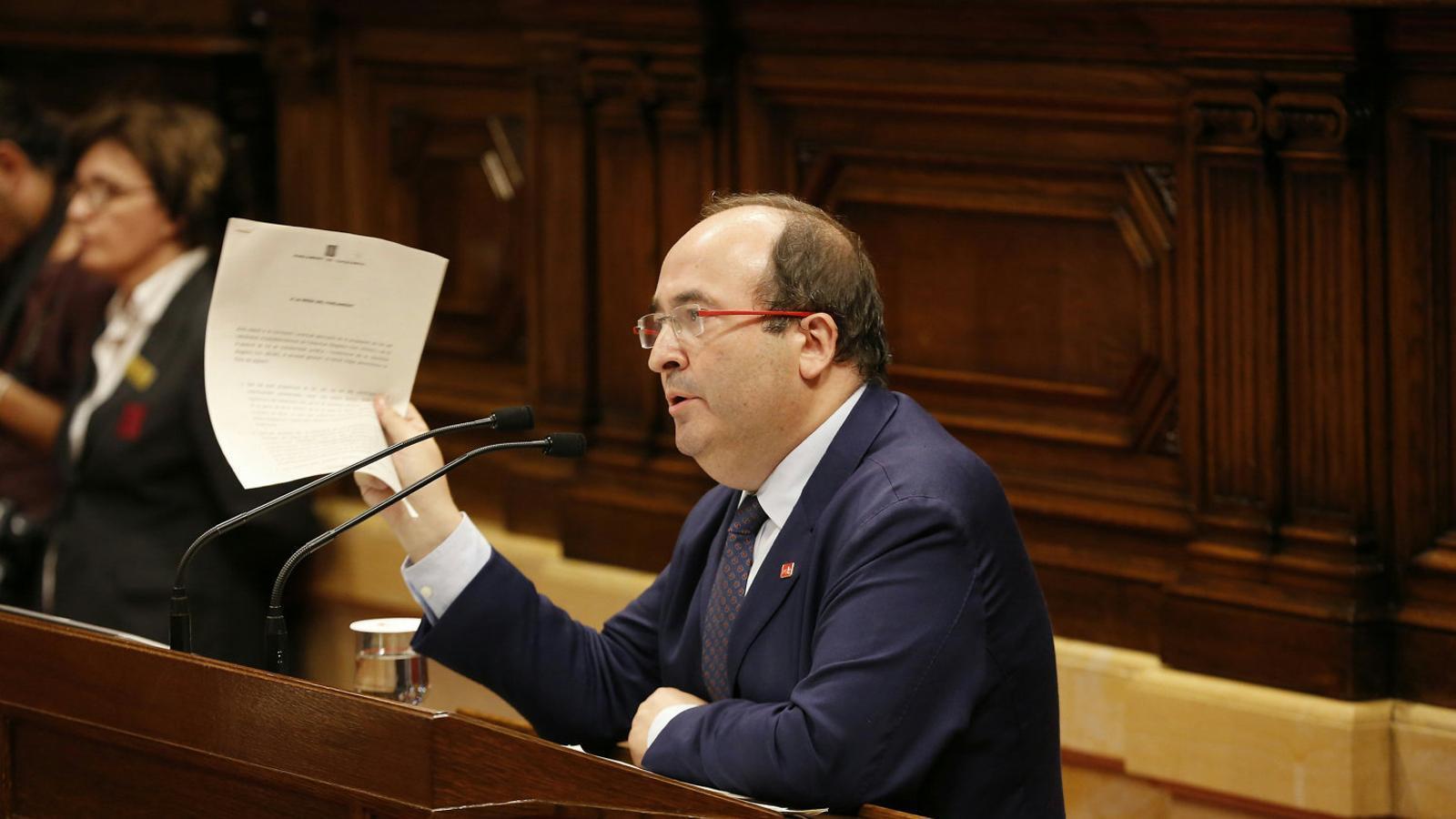 [GOVERN] Convalidación del Decreto-Ley por el cual se reorganizan los cuerpos de seguridad y de emergencias de Catalunya Lider-PSC-Miquel-Iceta-lhemicicle_1865223555_46733089_651x366
