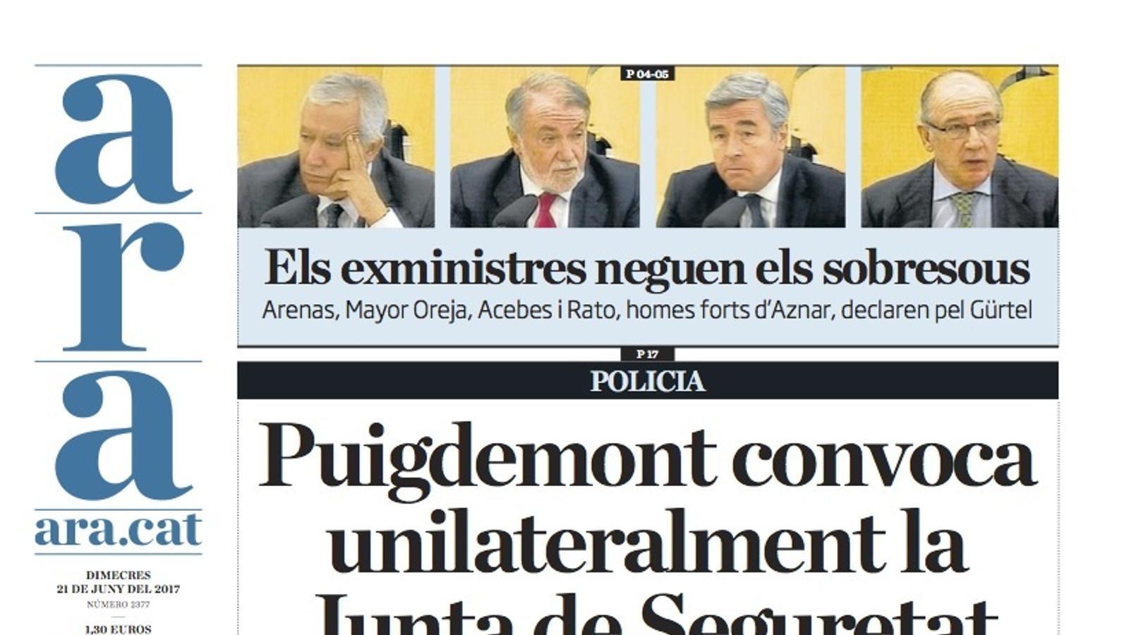 """""""Puigdemont convoca unilateralment la Junta de Seguretat"""", portada de l'ARA"""