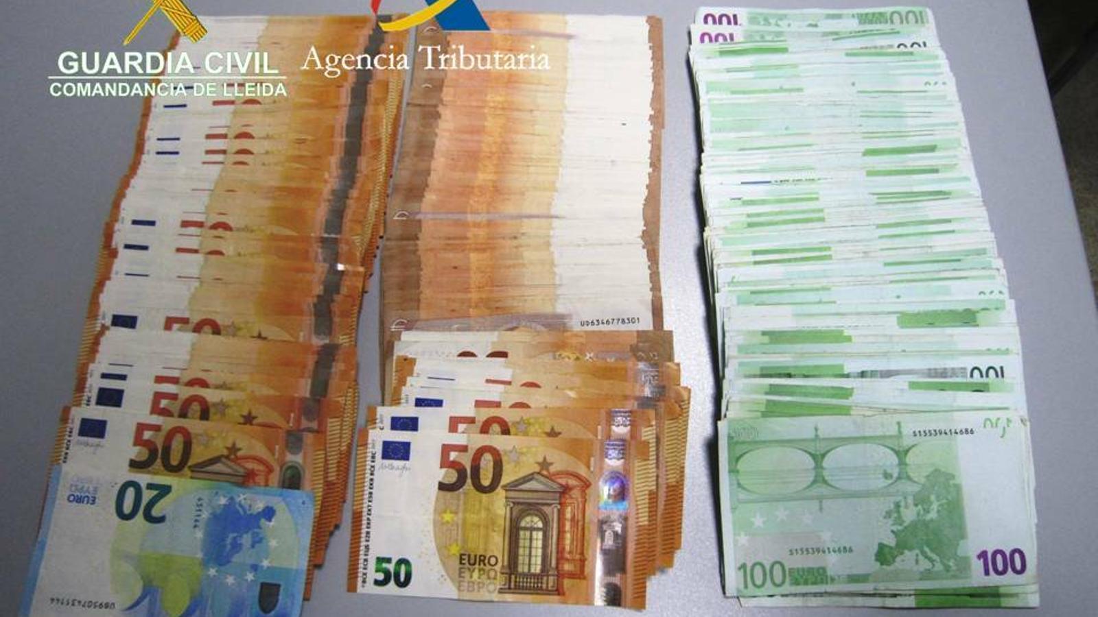 Els bitllets intervinguts. / GUÀRDIA CIVIL