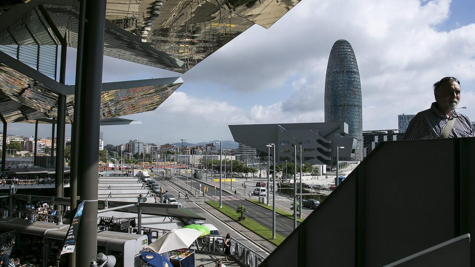 Colau redissenya els pisos de protecci oficial de les gl ries - Pis proteccio oficial barcelona ...