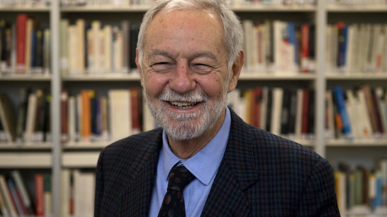 Eduardo Mendoza després de guanyar el premi, a l'Instituto Cervantes de Londres
