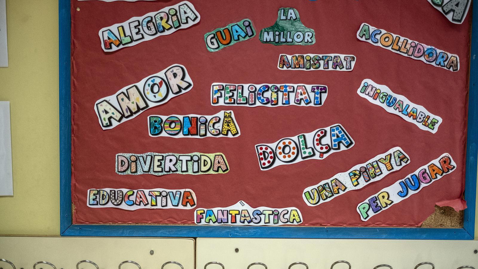 """Patis amb """"espais marcats"""" i material escolar i joguines """"individuals"""": les instruccions per reobrir els centres"""