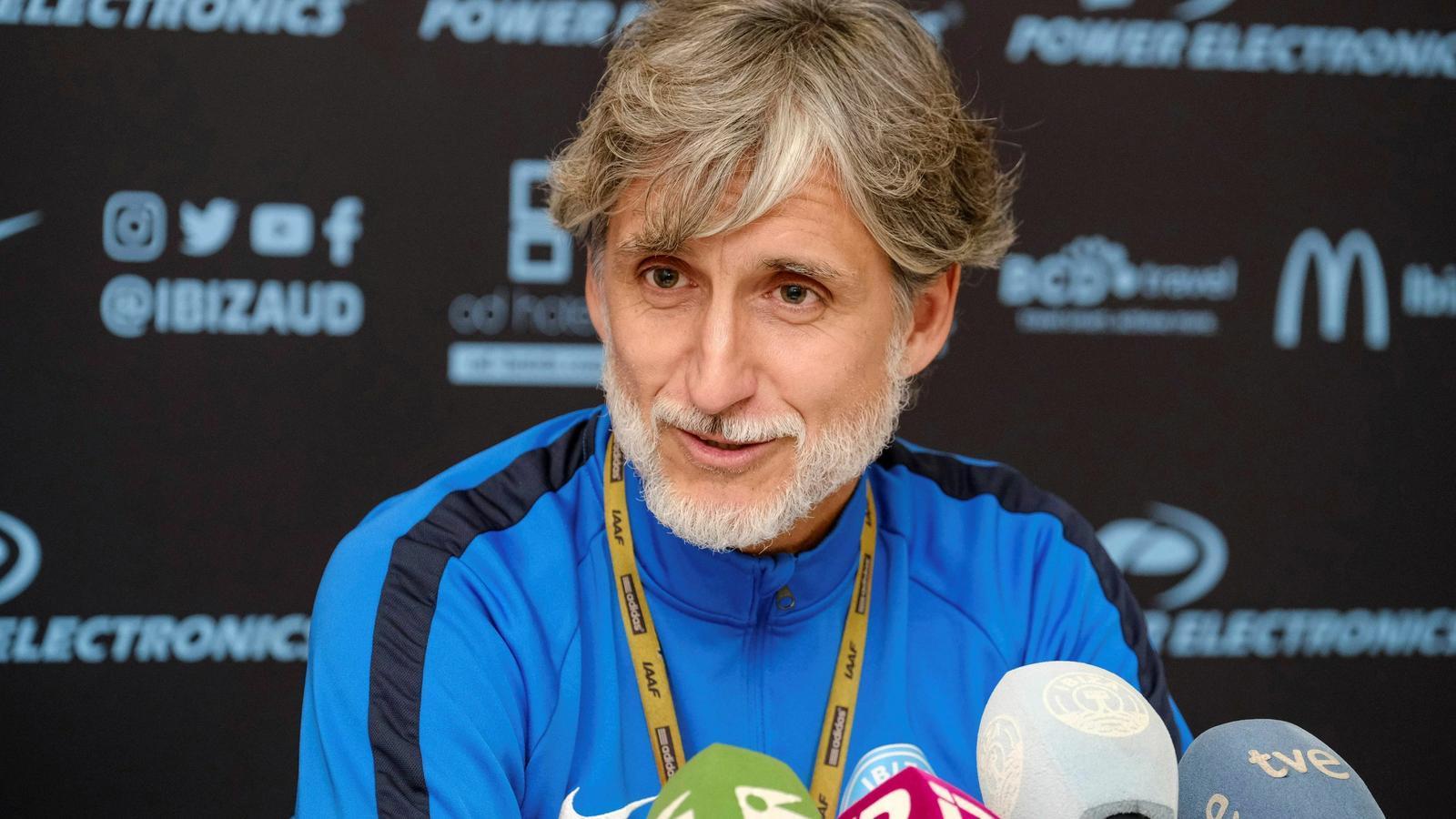 Pablo Alfaro, tècnic de l'Eivissa, rival del Barça a la Copa