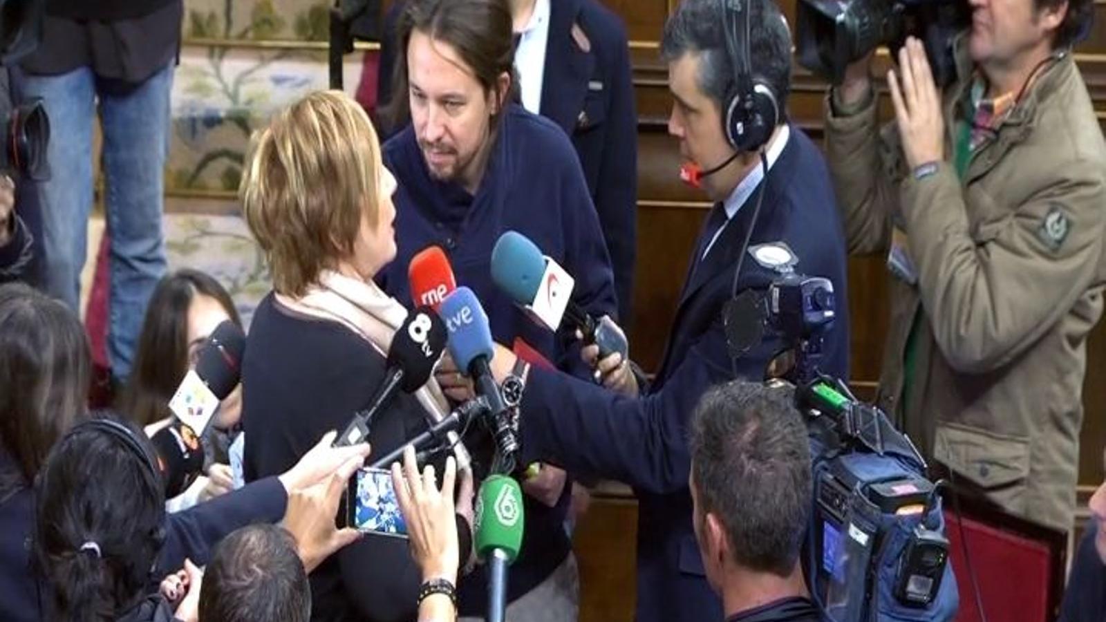 La discussió entre Celia Villalobos i Pablo Iglesias al Congrés