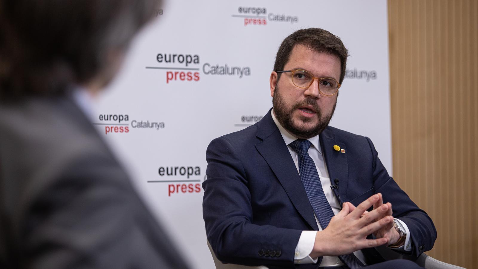 """Aragonès avisa Sánchez que és """"insostenible"""" mantenir els pactes simultanis amb Cs i ERC"""