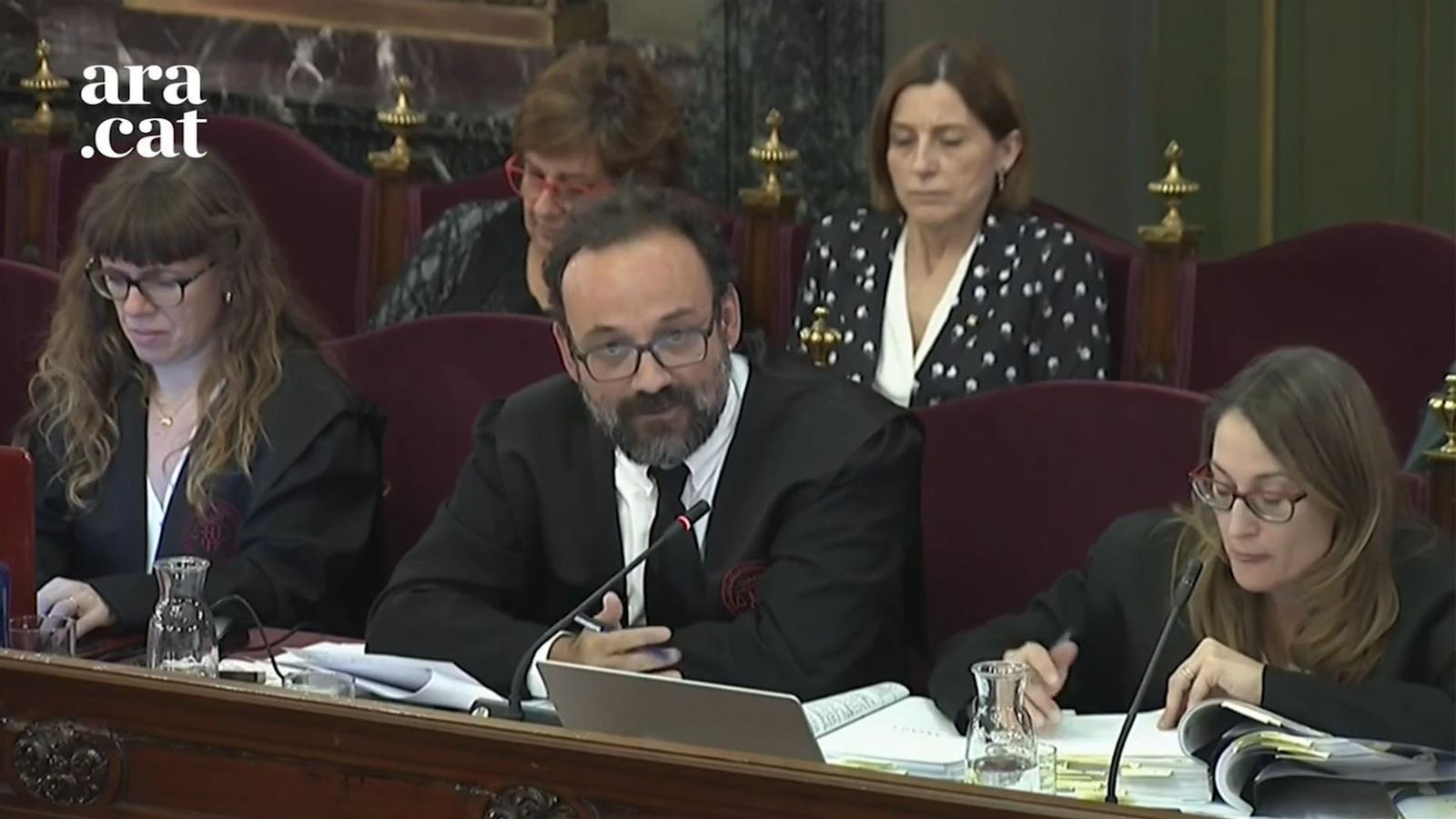 """Un sergent qualifica de """"delinqüents"""" els votants d'un CAP de Sant Andreu de la Barca per les """"agressions verbals"""""""
