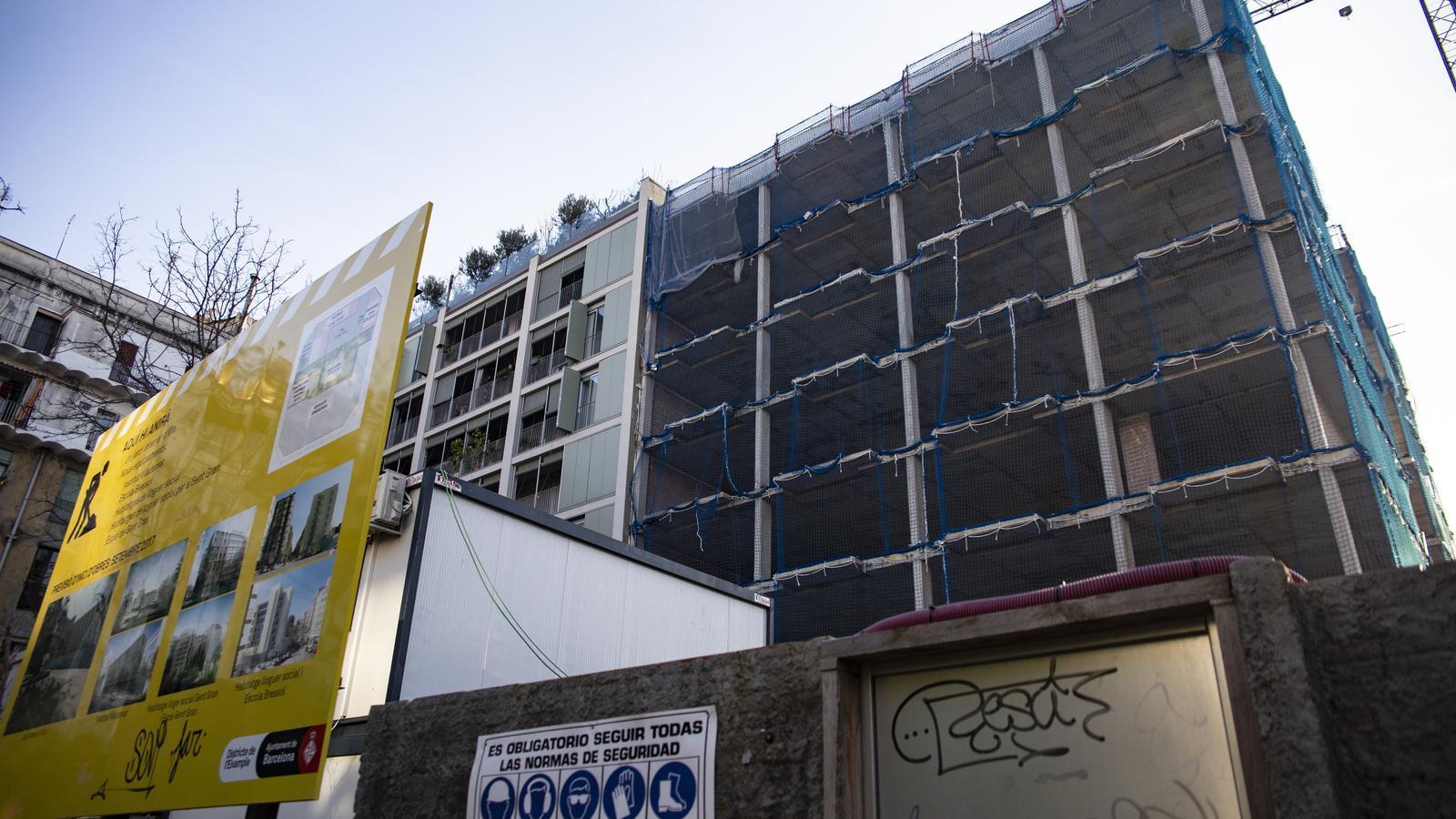 Barcelona frena temporalment una promoció de pisos per a gent gran a l'Eixample