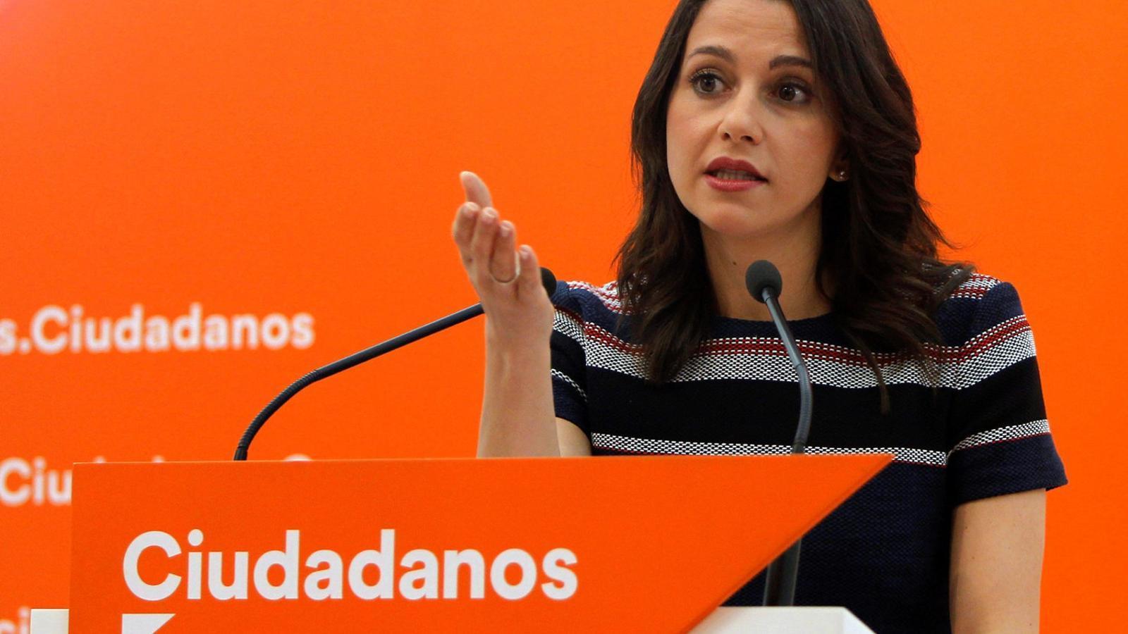 Arrimadas condemna les agressions d'ultradreta
