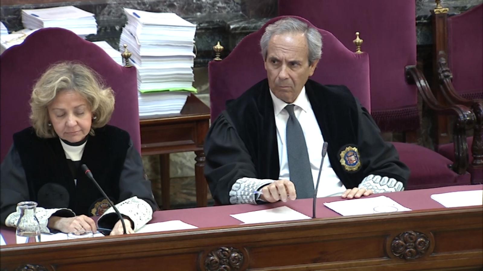 """La fiscalia protesta per preguntes de la defensa de Cuixart: """"Sembla que estiguem en un judici contra l'actuació policial"""""""