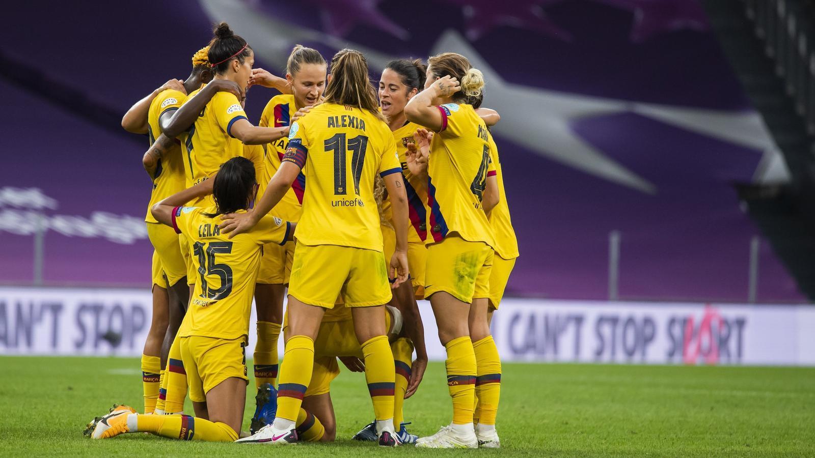 Celebració de l'equip en el gol contra l'Atlètic de Madrid a quarts de final