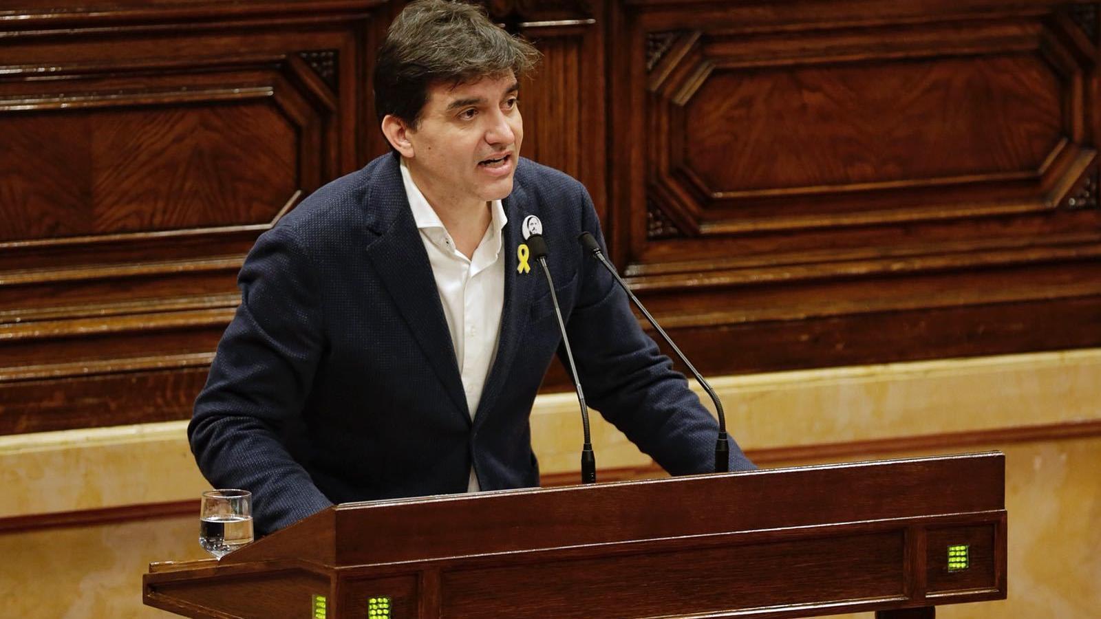 El portaveu republicà, Sergi Sabrià, durant la seva intervenció