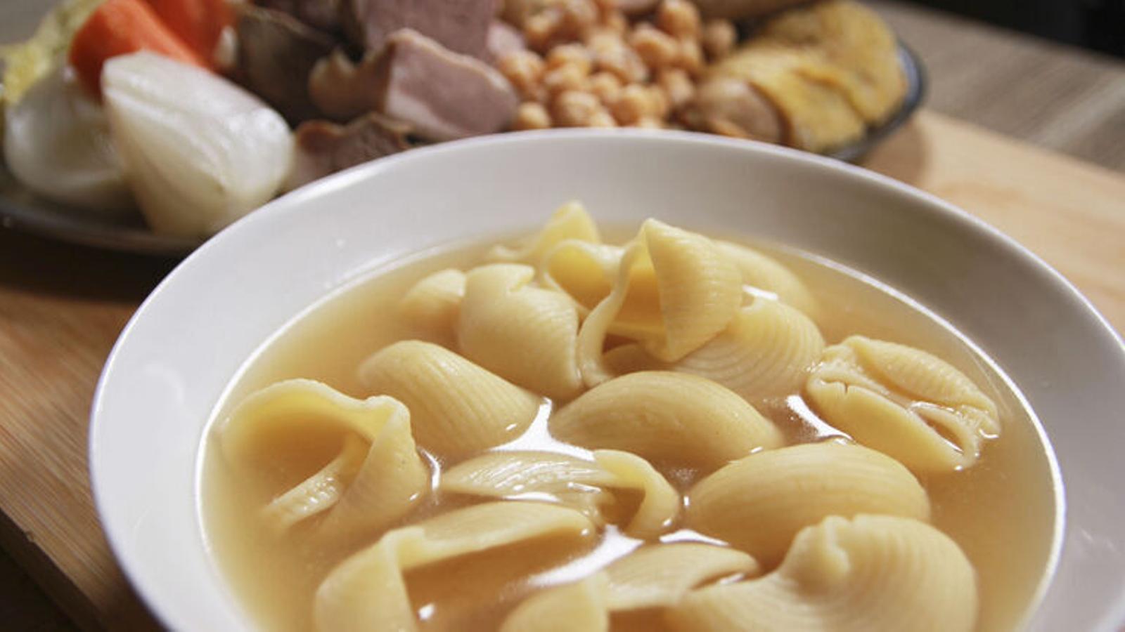 Els últims dubtes amb l'escudella, la carn d'olla i els canelons de Sant Esteve? 10 receptes per resoldre'ls