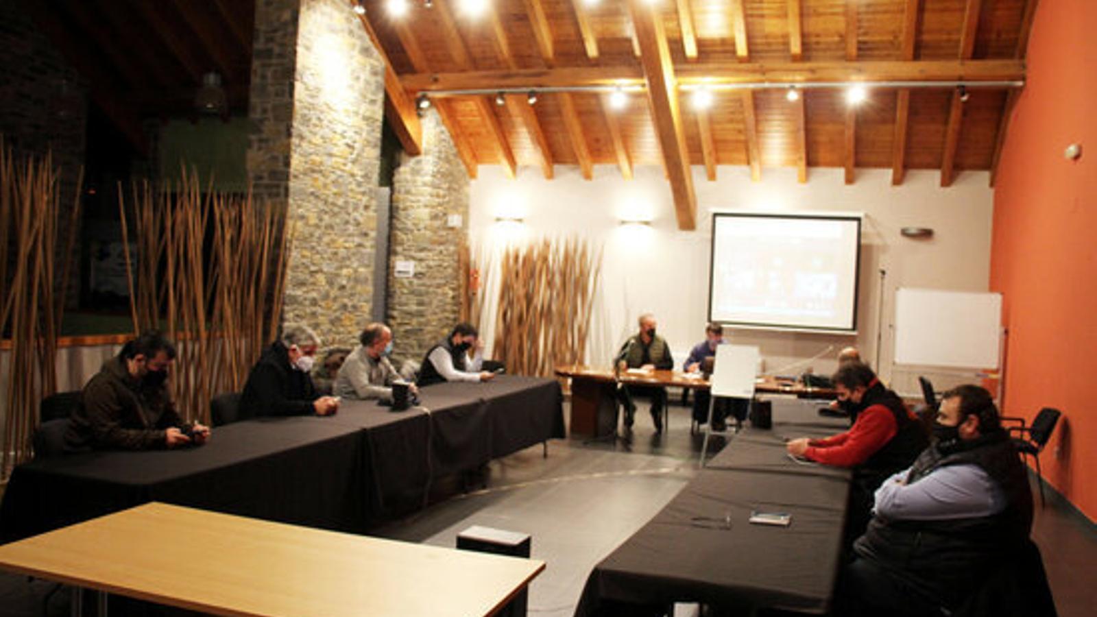 La darrera reunió del Consell d'Alcaldes del Pallars Sobirà./ CCPS