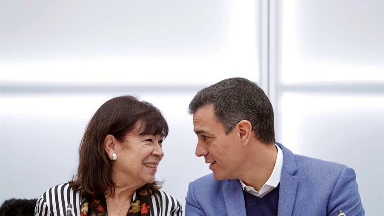"""Sánchez refreda la reunió amb Torra: ajustarà la seva agenda en funció del que """"clarifiqui"""" el Parlament"""