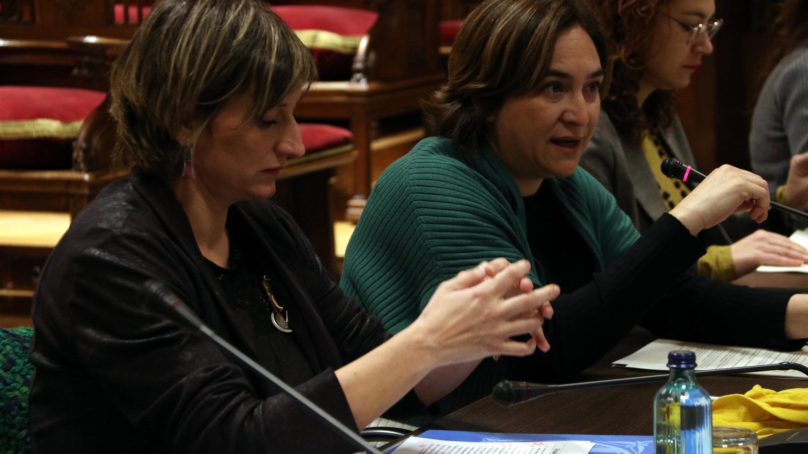La consellera de Salut, Alba Vergés, i l'alcaldessa de Barcelona, Ada Colau, en una imatge d'arxiu.
