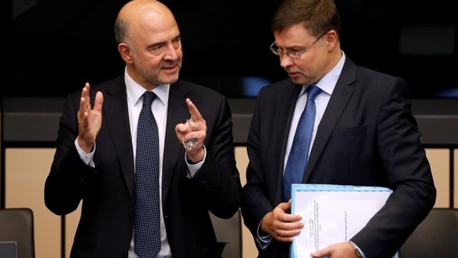 Decisió inèdita de Brussel·les en tombar els pressupostos italians