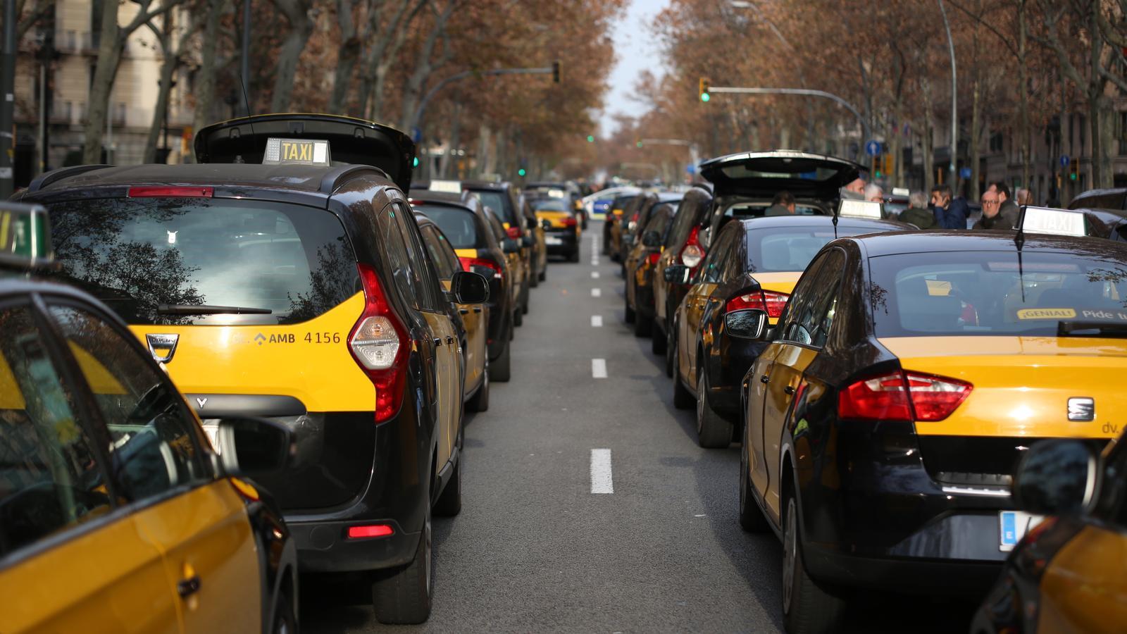 """Tito Álvarez: """"No tenim res a negociar amb Uber i Cabify perquè m'estan prenent la feina"""""""