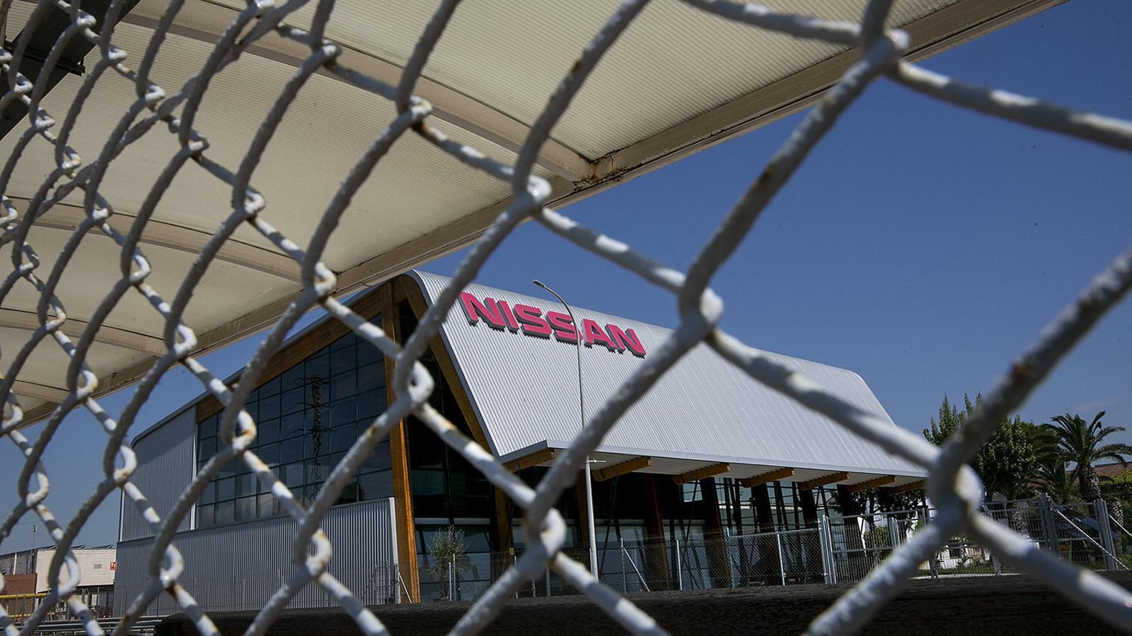 Imatge de la planta de Nissan de la Zona Franca, on hi podria anar una fàbrica de bateries.