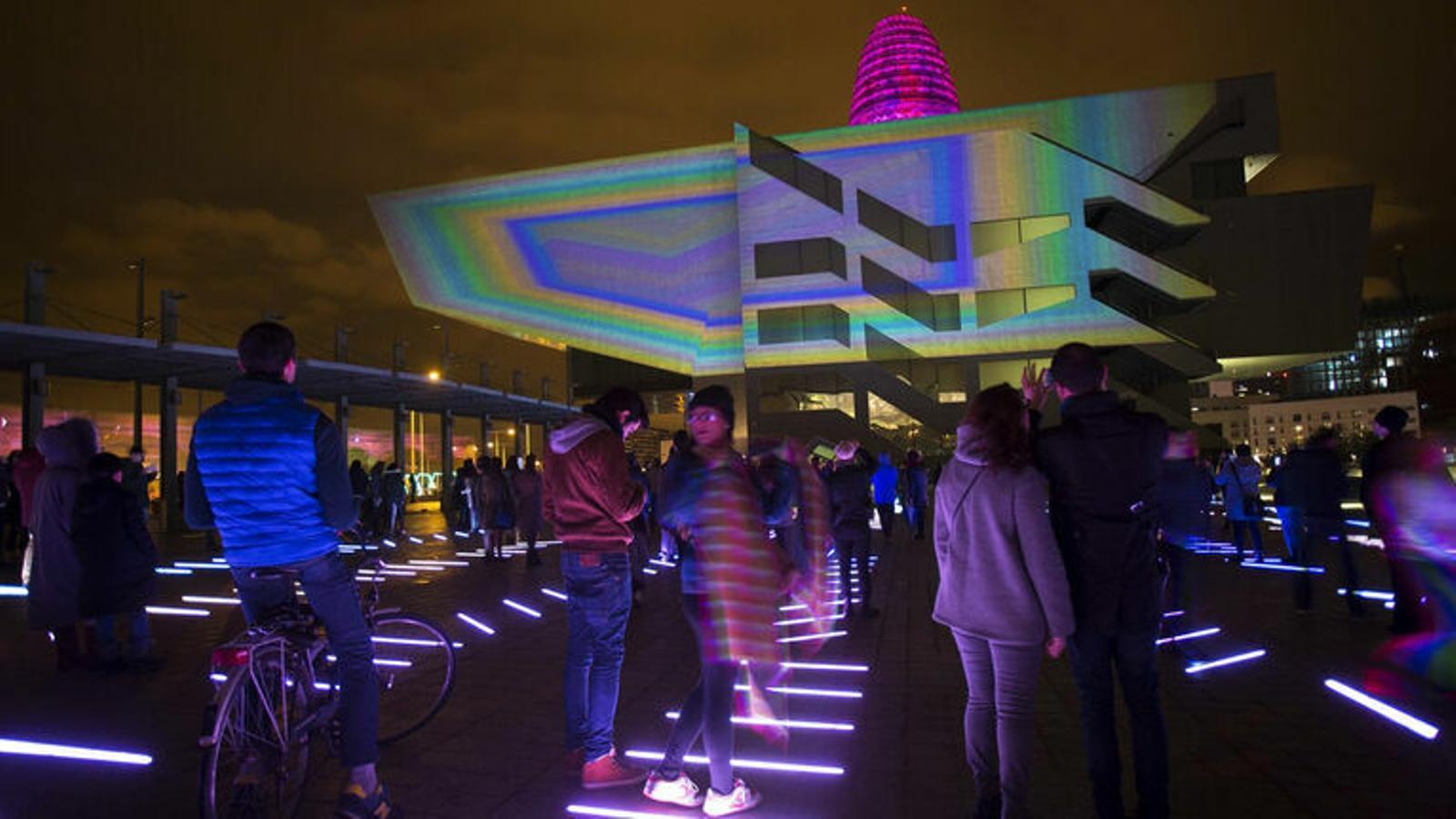 Una instal·lació de llum al Disseny Hub