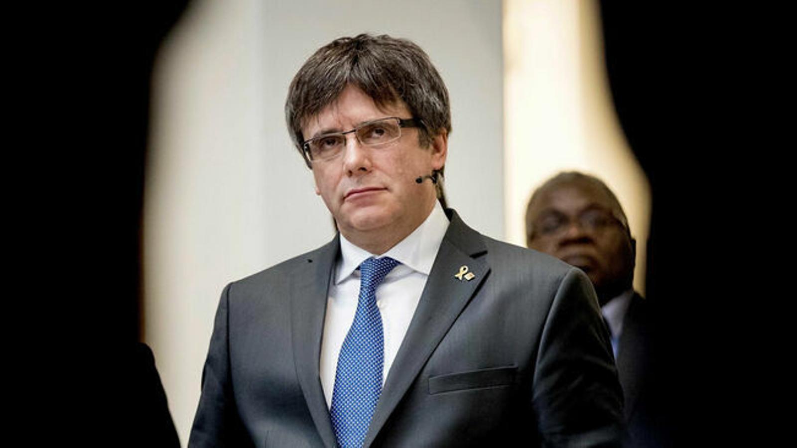 Puigdemont anuncia que no se presentará al 14F pero estará en las listas