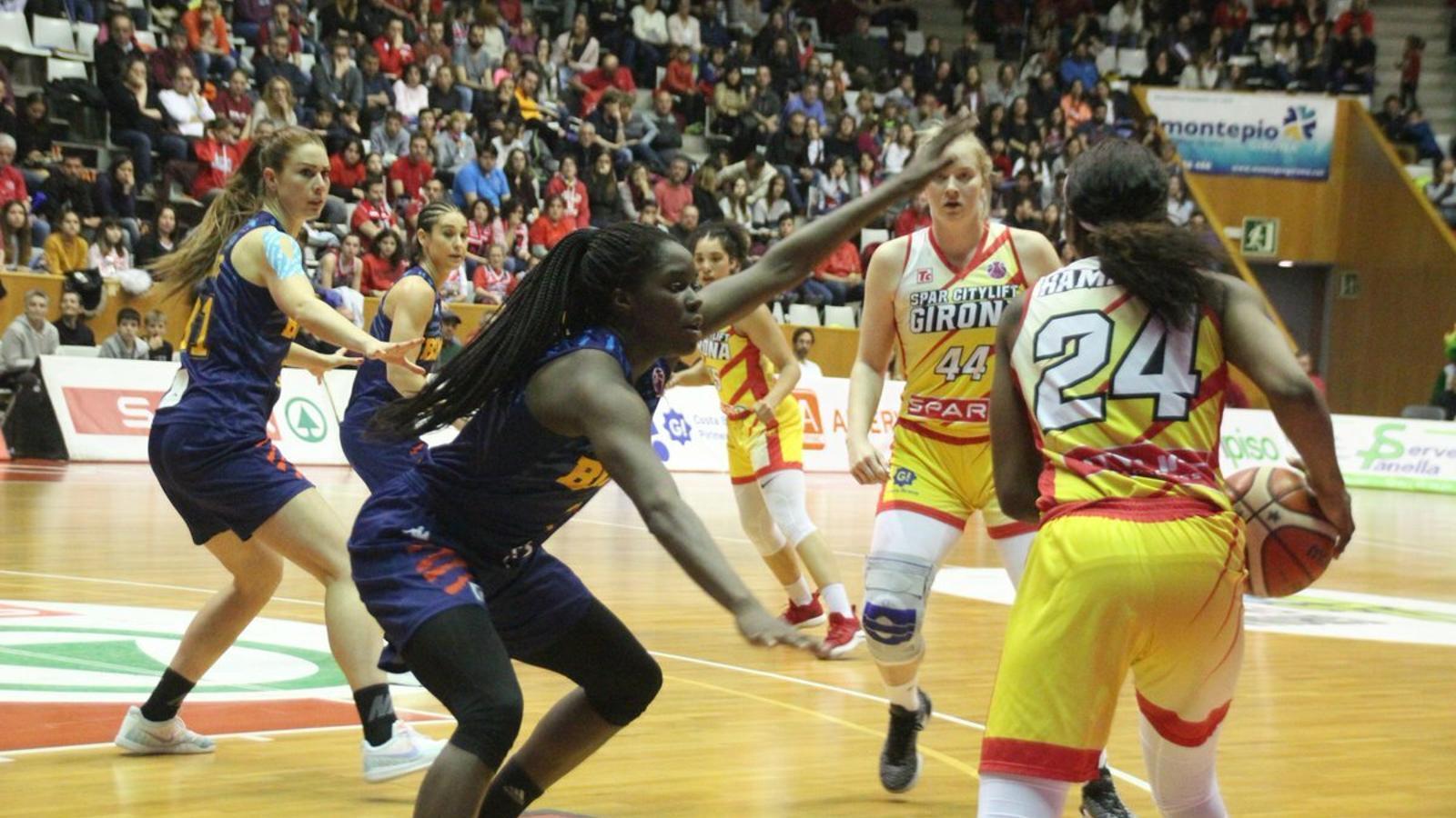L'Uni Girona reacciona a temps contra el Montpeller