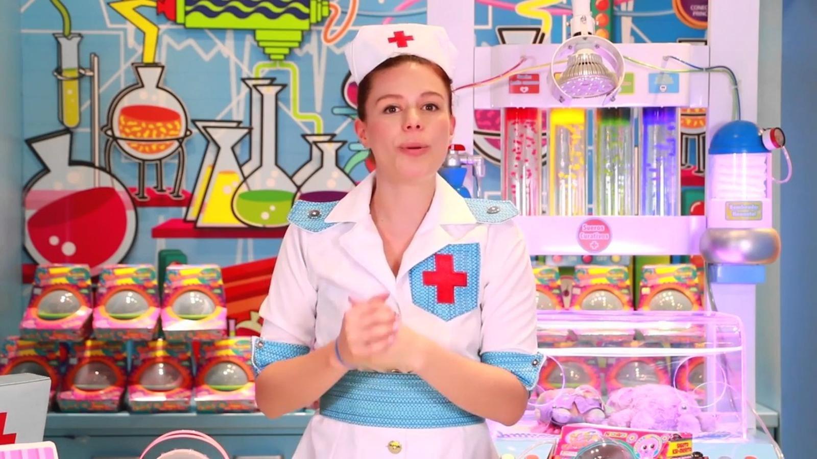 La infermera Tania explica com s'ha de cuidar el Ksi Merito