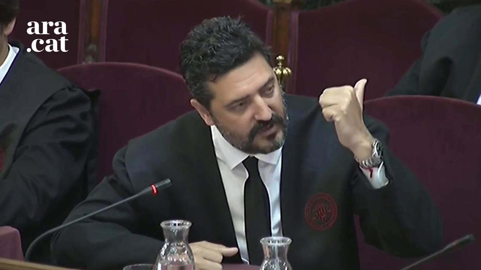 """Bergés: """"Bassa mai va demanar que els ciutadans defensessin les escoles o el material electoral"""""""