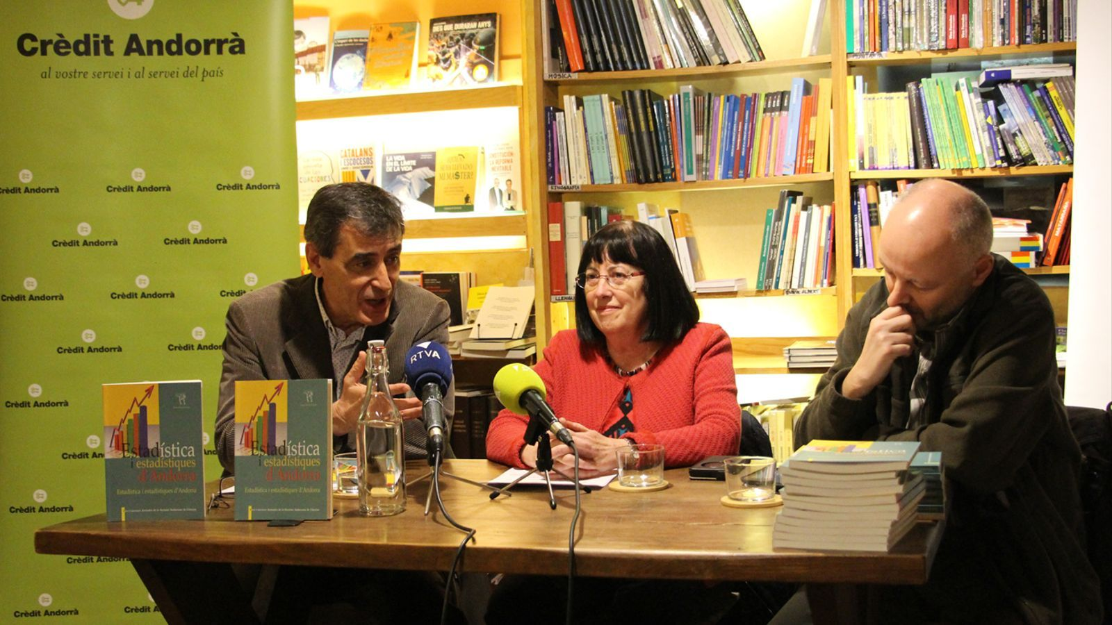 Un moment de la presentació del llibre 'Estadística i estadístiques d'Andorra', aquest dimecres. / M. P. (ANA)