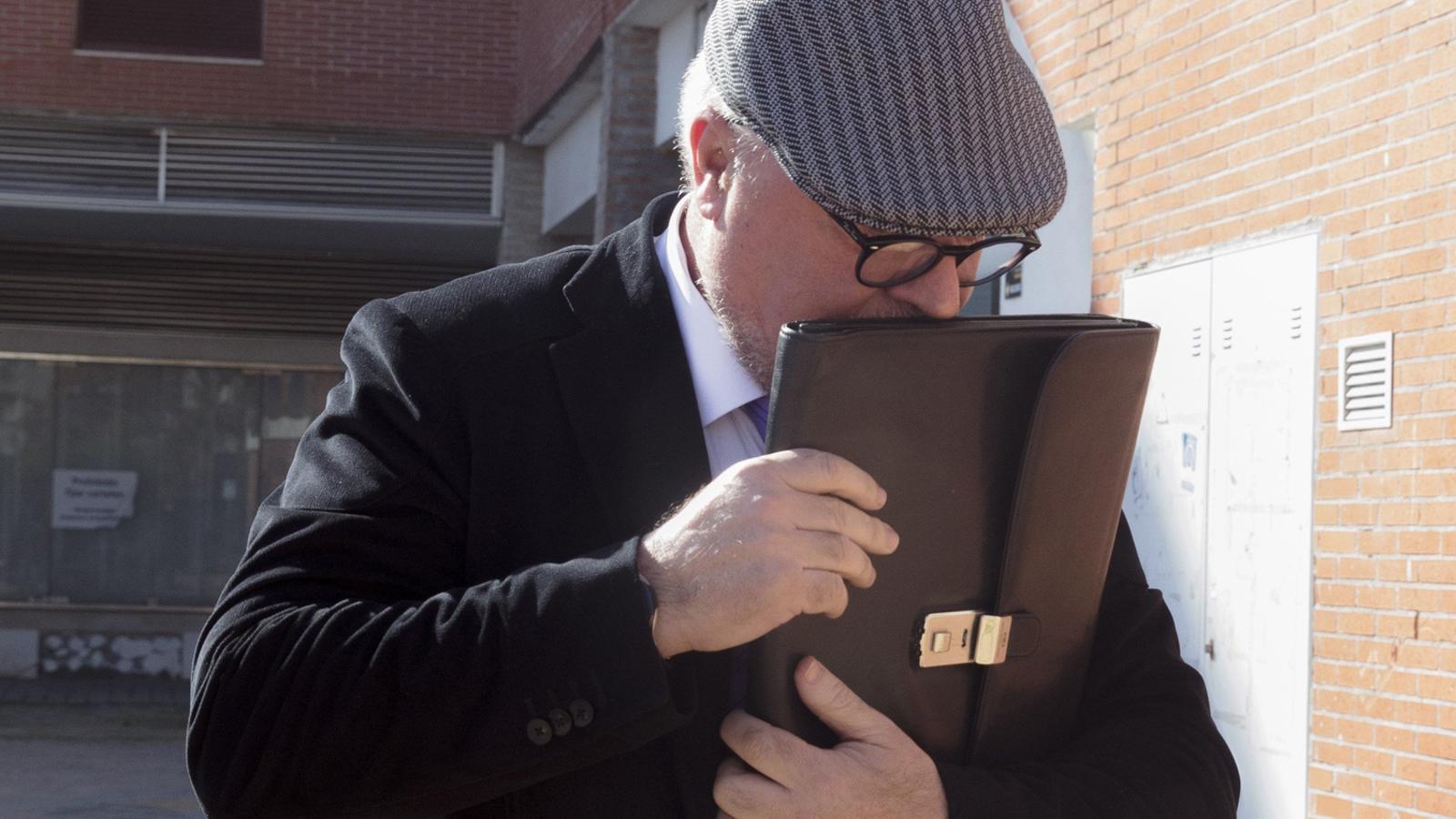 El marit de Cospedal va notificar a Villarejo que Rajoy estava d'acord amb les investigacions a polítics