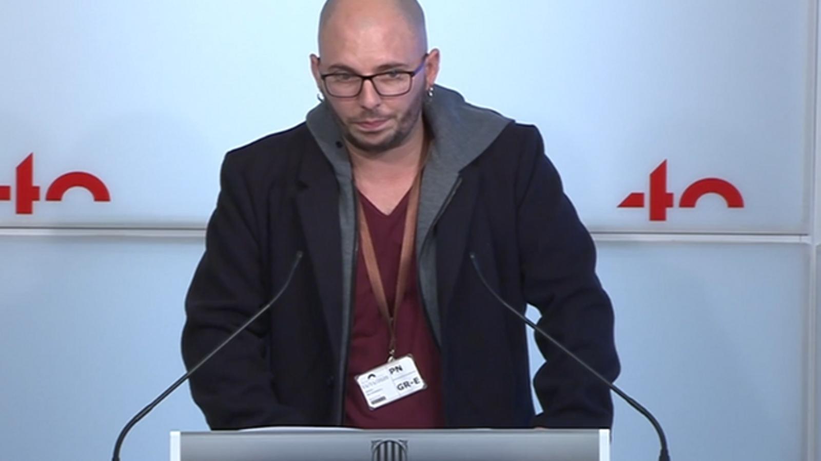 """ERC reclama a JxCat que """"doni la cara"""" i expliqui perquè Interior no va rebaixar la petició de pena d'Adrian Sas"""