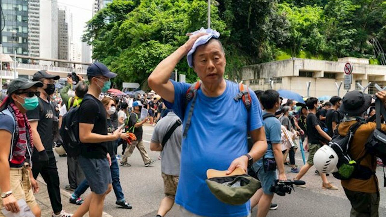 El magnat i líder opositor Jimmy Lai en una protesta a Hong Kong.
