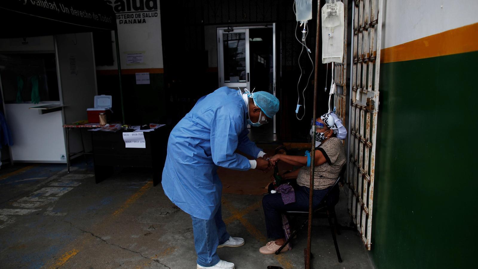 Més de 3.000 professionals sanitaris han mort pel covid-19, 63 a l'Estat, segons Amnistia Internacional