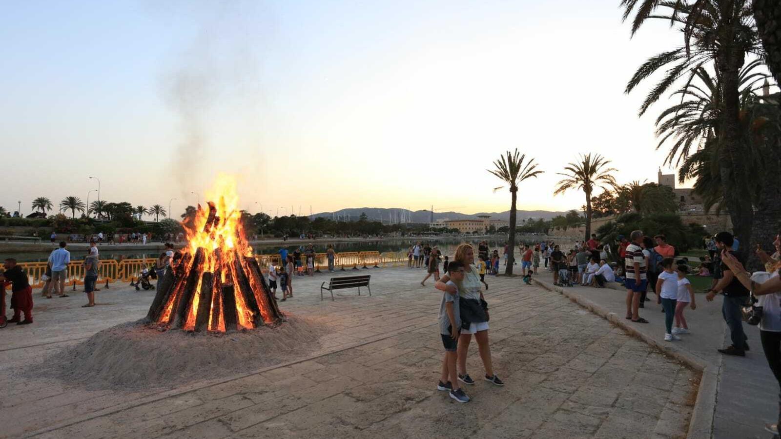 El Parc de la Mar és l'escenari de la 'Nit del foc'