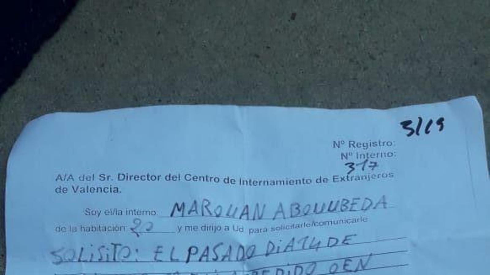 Un intern del CIE de València va denunciar que patia importants lesions fruit d'una agressió poc abans de suïcidar-se