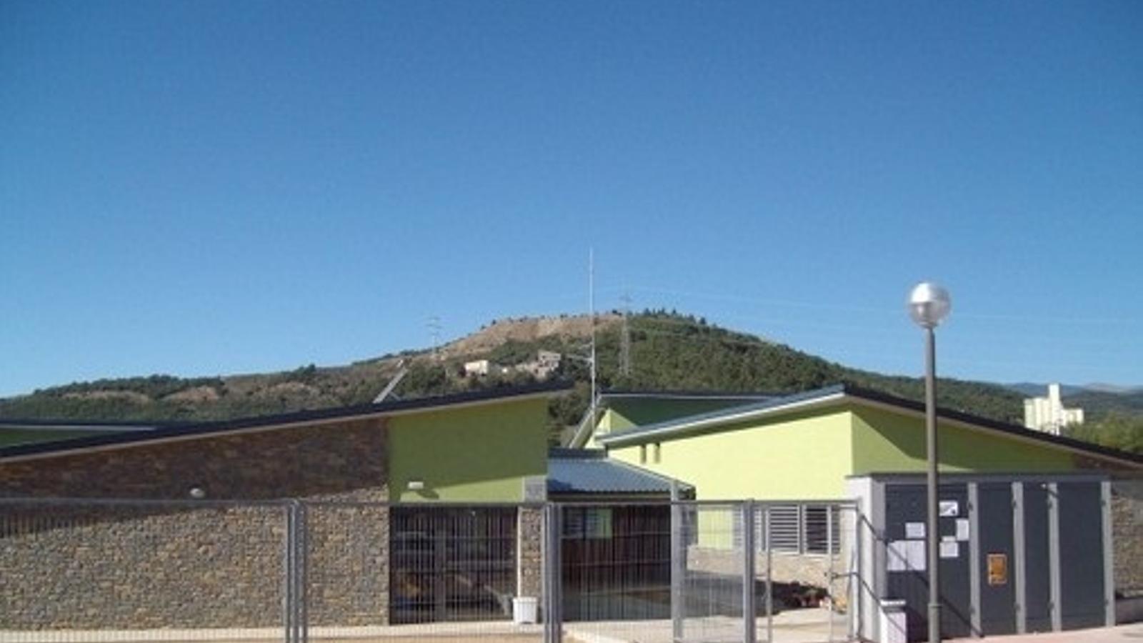 L'escola Rosa Campà del municipi de Montferrer i Castellbò. / ARXIU
