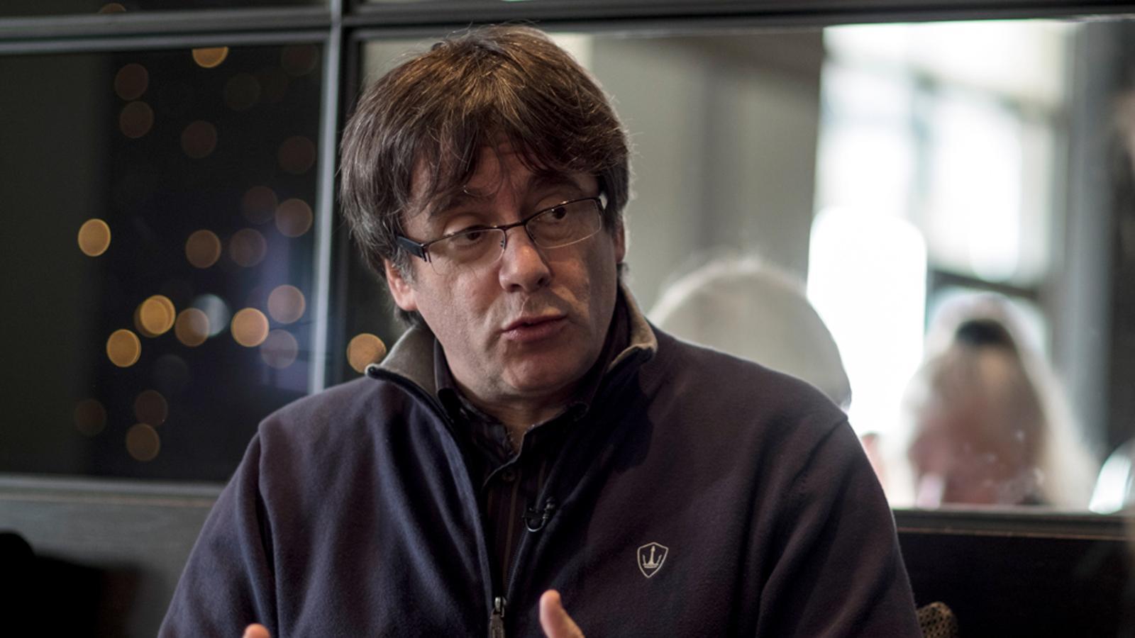"""""""No poder prendre possessió seria una opció antidemocràtica"""": els principals titulars de l'entrevista a Puigdemont"""