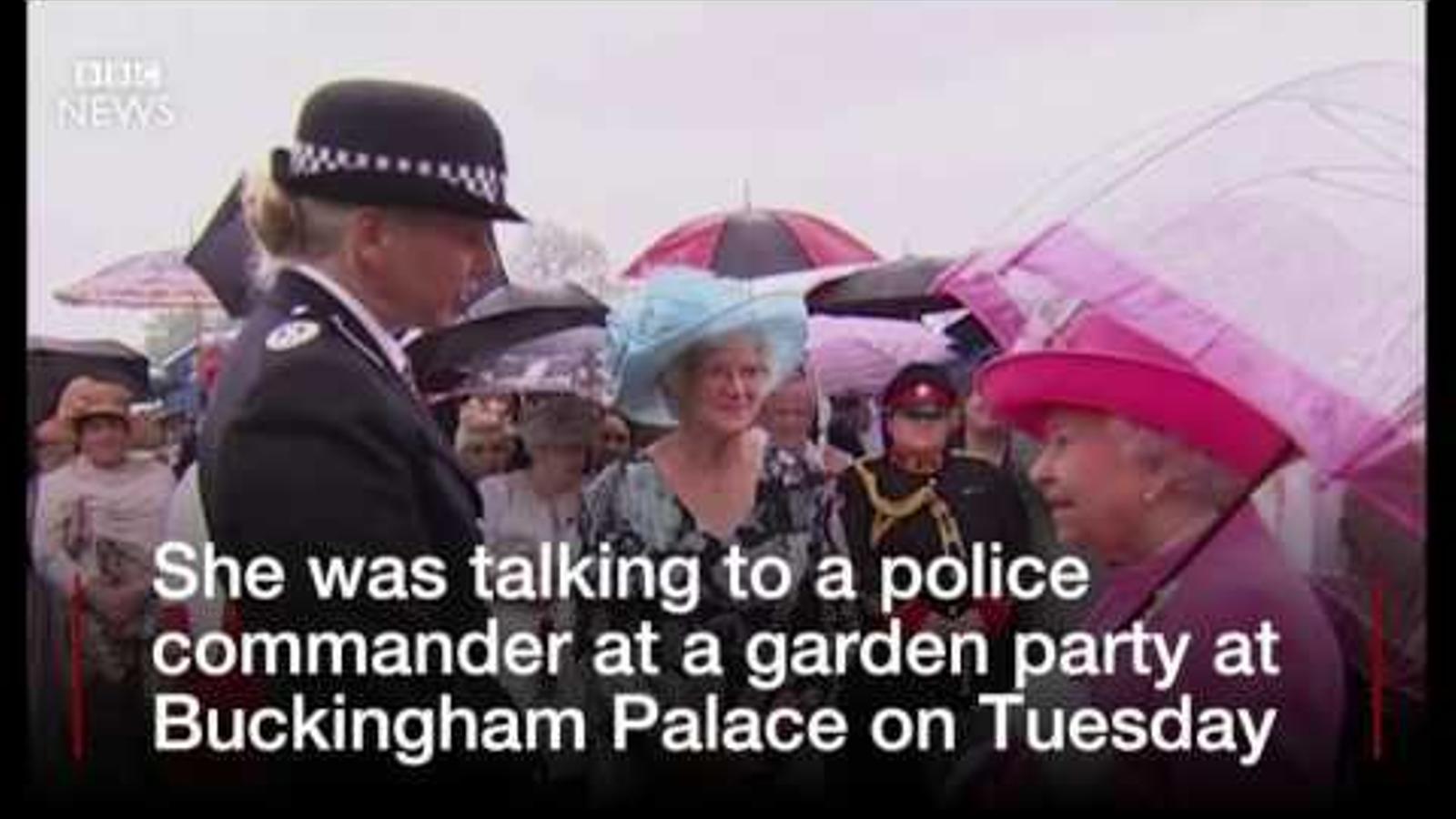 La reina Isabel II diu que els xinesos són uns maleducats