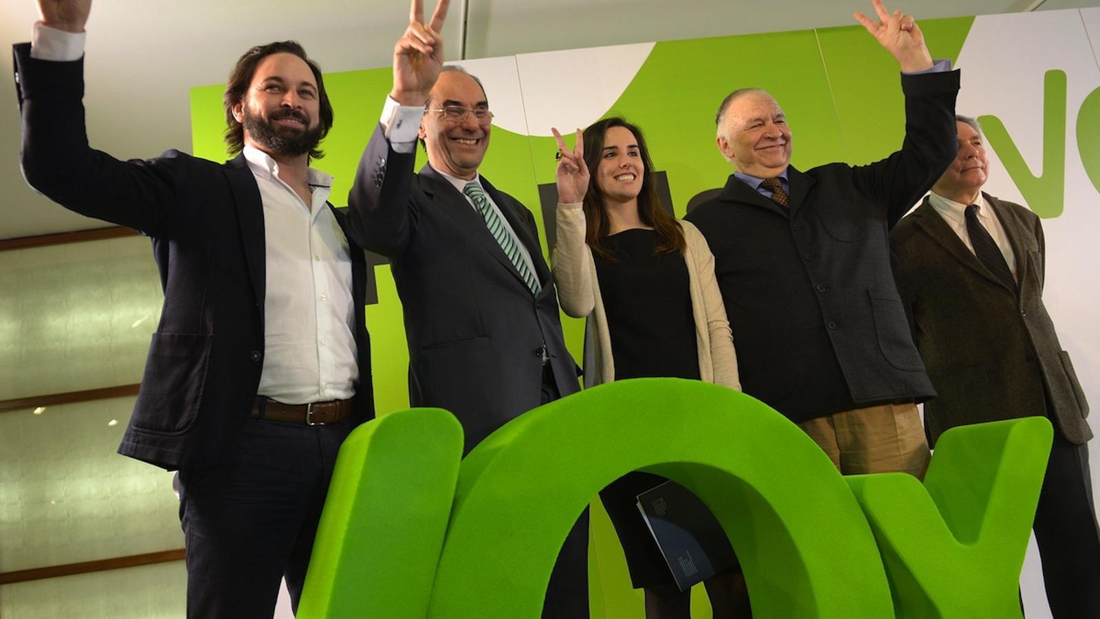 Abascal, Vidal-Quadras i Ariadna Hernández / MANOLO GARCÍA