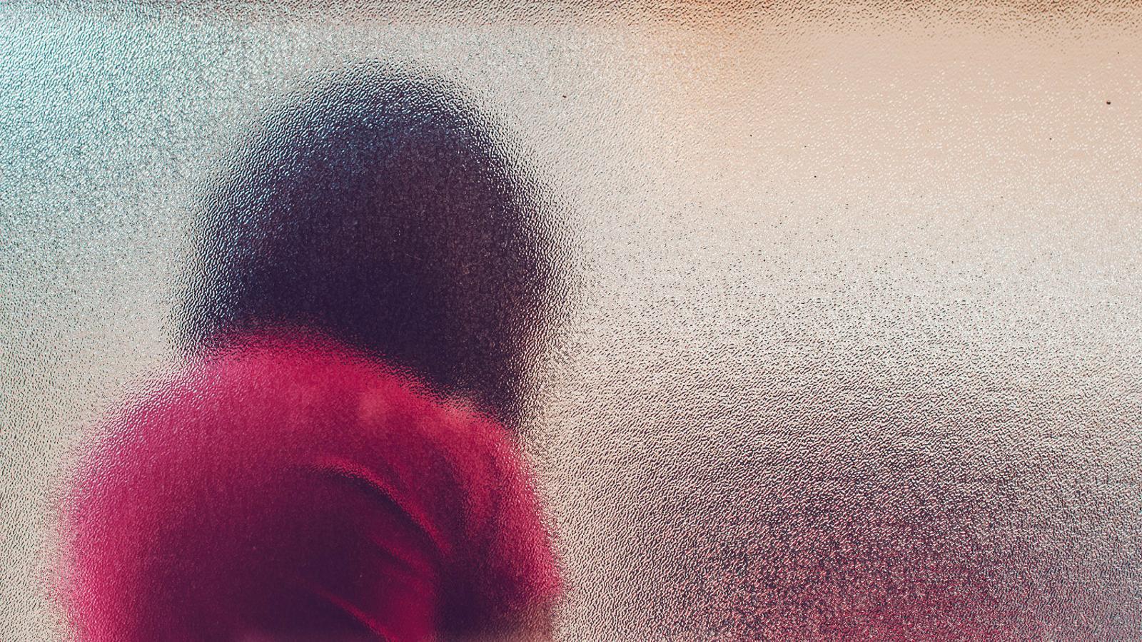 Cada dia s'atén un cas urgent de maltractament infantil