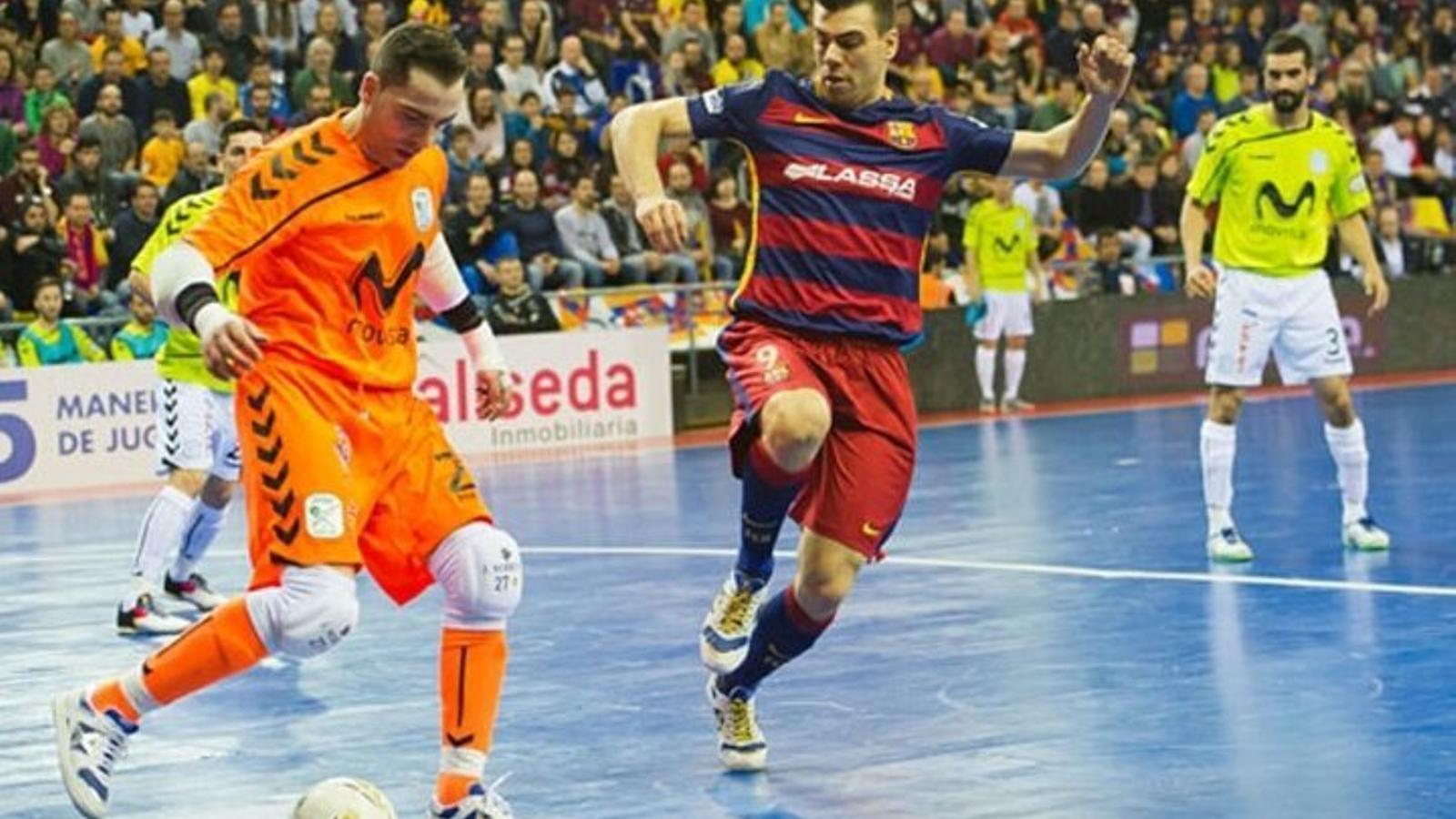 El Barça Lassa tira d'èpica per forçar un quart partit contra l'Inter Movistar (6-4)