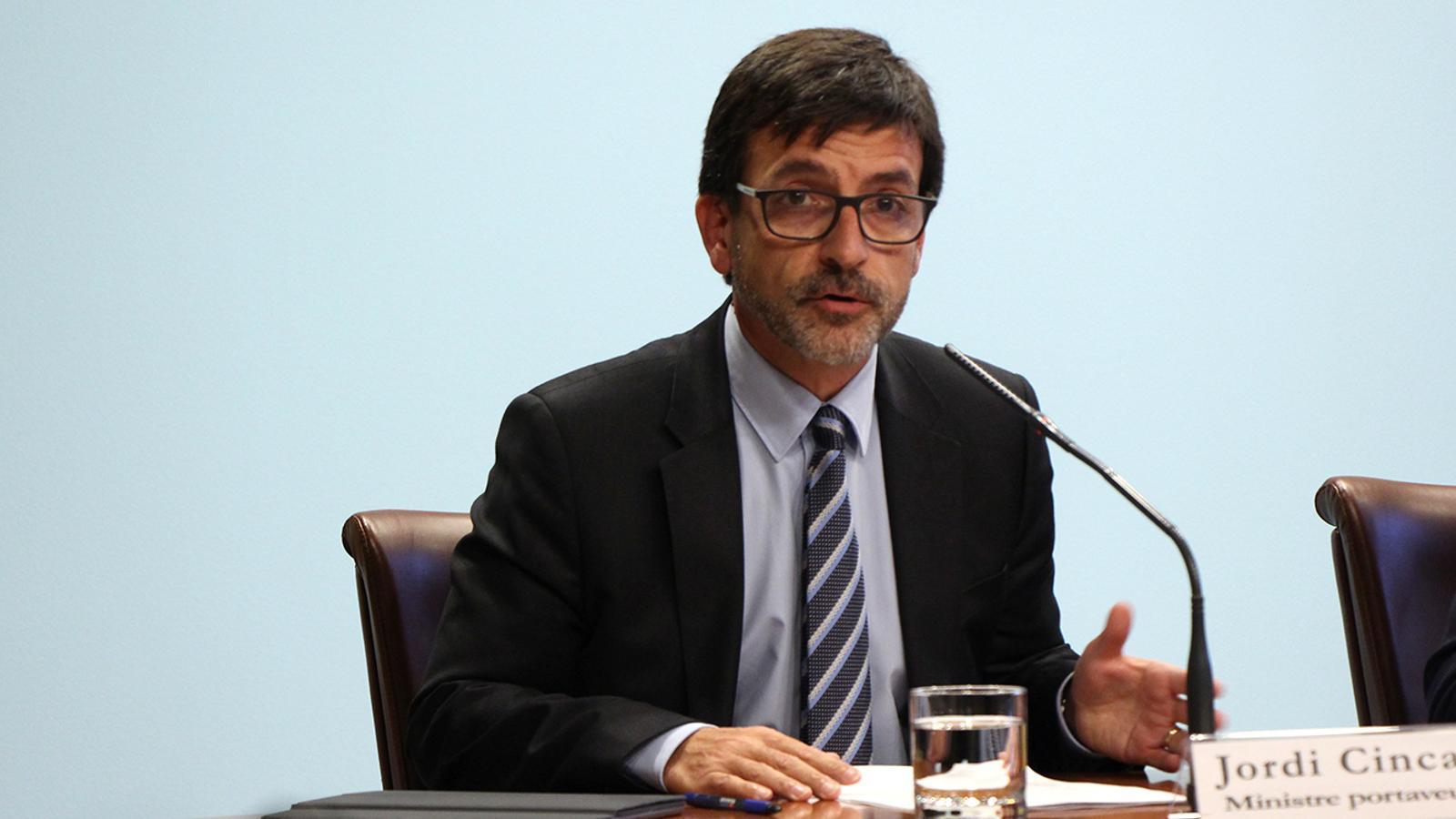 El ministre portaveu, Jordi Cinca, durant la roda de premsa posterior al consell de ministres. / M. M. (ANA)
