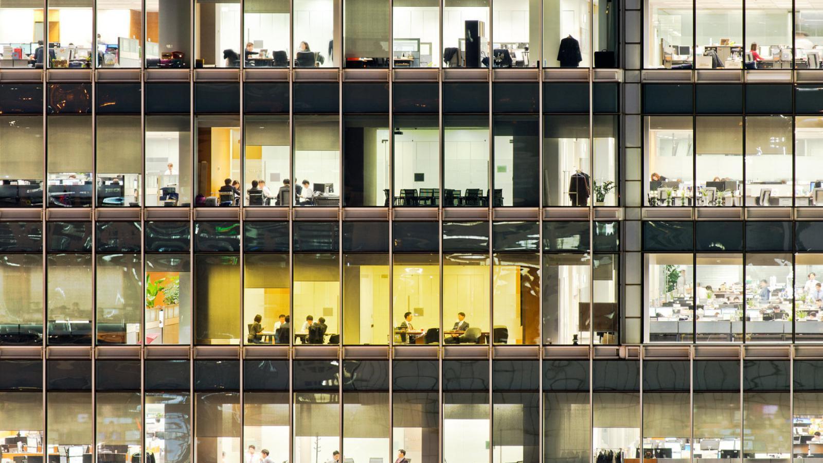 Segons un estudi, cada any hi ha a Espanya 9.500 casos de càncer -un 5% del total- que tenen com a origen l'entorn laboral.