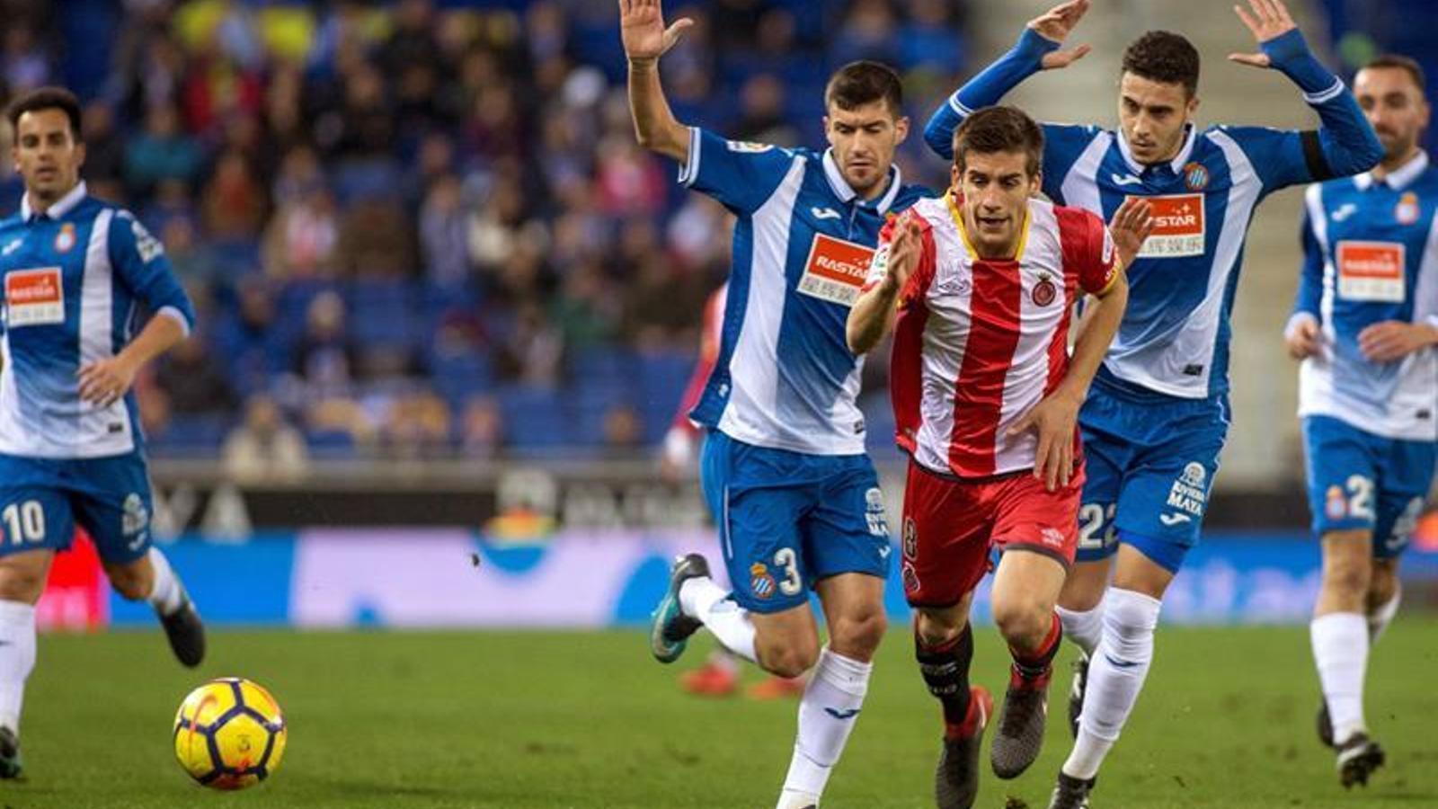 Pere Pons, en acció contra l'Espanyol