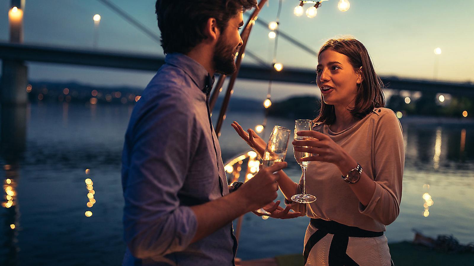 Un home que escolta i que et deixa dir és un home clarament casat, i no precisament amb tu.