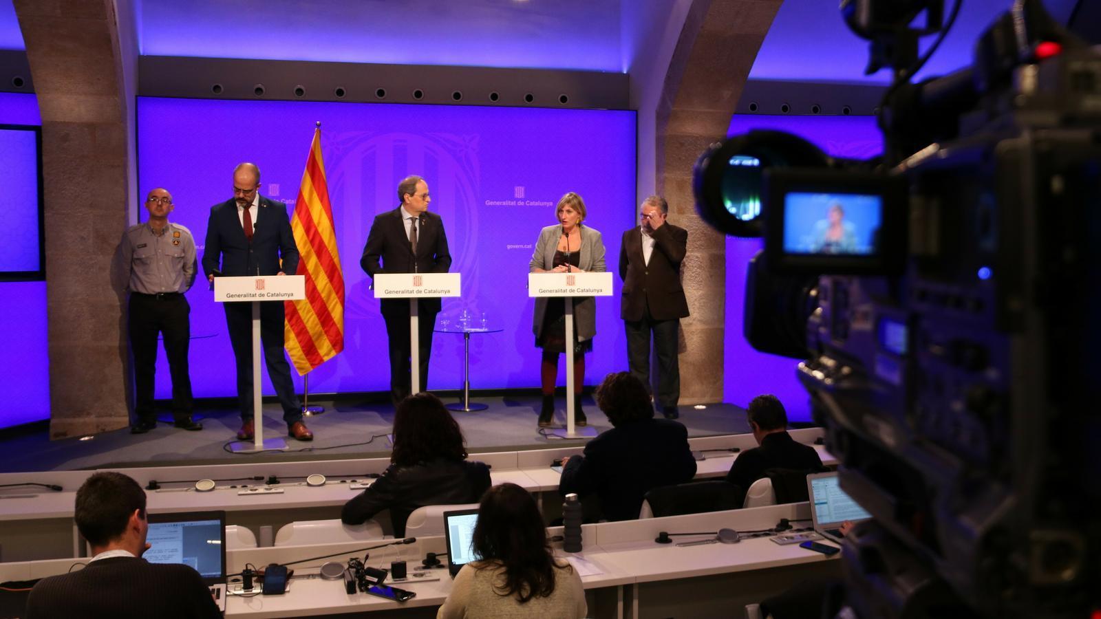 Catalunya entra en fase d'alerta i prohibeix les concentracions de més de 1.000 persones