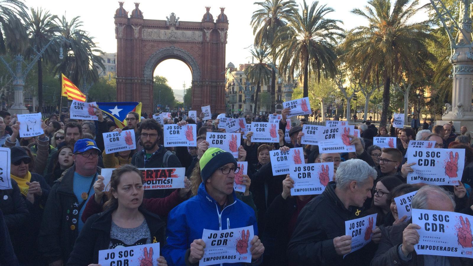 """Els CDR, després de l'alliberament de Tamara Carrasco: """"Respondrem amb més lluita i més mobilització"""""""