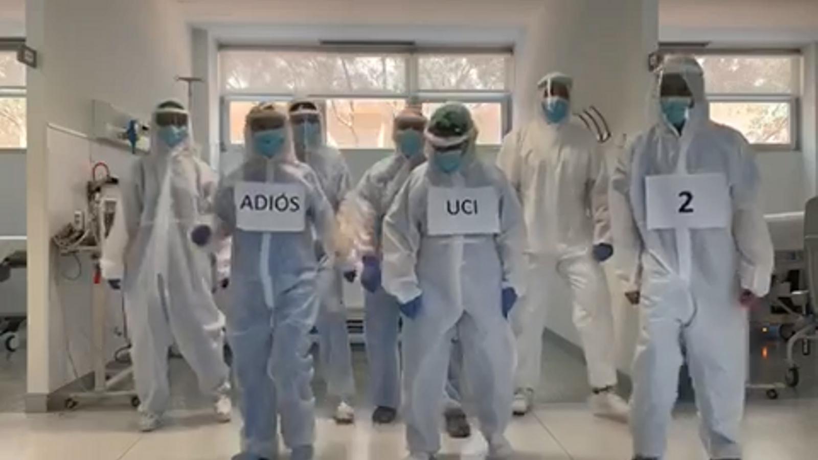 Ball dels treballadors de l'UCI 2 de l'hospital Mateu Orfila de Menorca