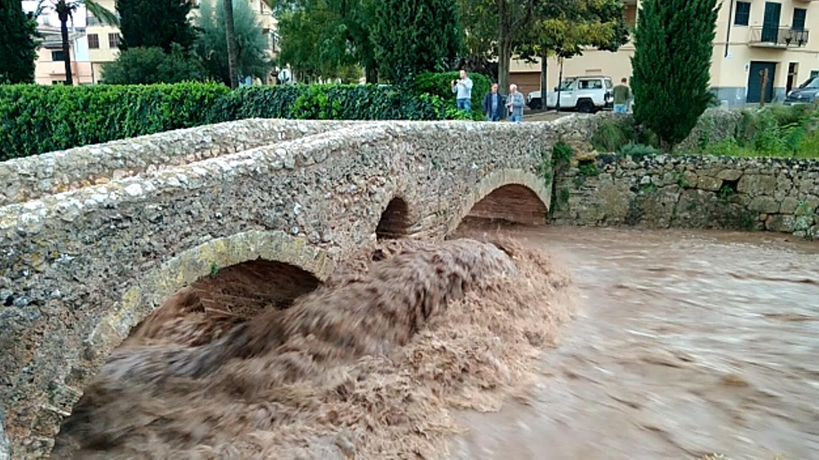 Les conseqüències de les fortes plujes. / XARXES SOCIALS
